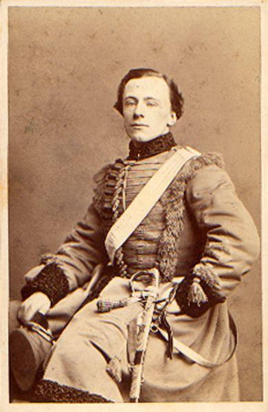 Female swedish photographers: Bertha Valerius, Portrait of equestrian master Gunnar von Strussenfelt