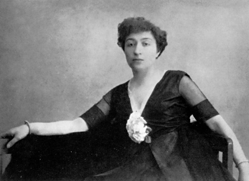 Photograph of Alexandra Exter, n.d., Aware Women Artists.