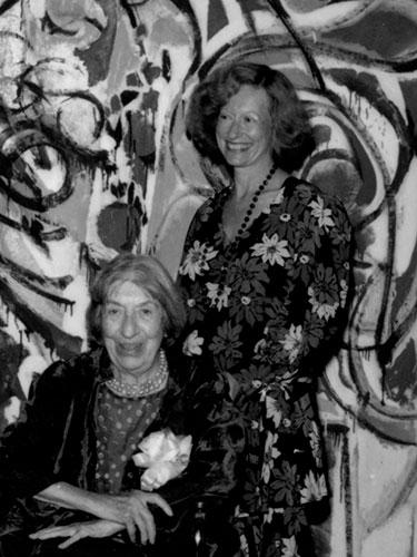 Barbara Rose with Lee Krasner at the opening of Lee Krasner: A Retrospective,