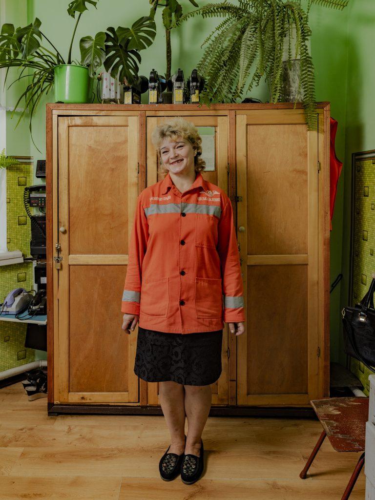 Valentyna Vasylivna Hereha, 50, 16 years of service, Stopping platform Zabolotne, 1218 km of Knyazhevo-Kryzhopyl distance, Odesa Railways. Sasha Maslov, Ukrainian Railroad Ladies.
