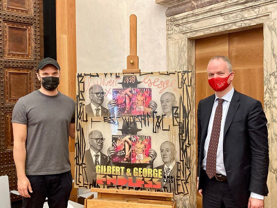 British artist Endless presenting his donation to the director of the Uffizi Gallery Eike Schmidt, Vasari Auditorium, Uffizi, Florence. Source: Courtesy of the artist.
