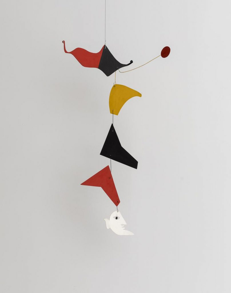 Alexander Calder, Poisson avec tete humaine, 1976, sheet metal, wire, paint, private collection. Installation view, photo by Elad Sarig. Tel Aviv Museum of Art.