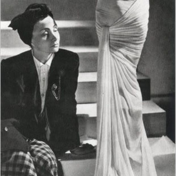 Madame Grès sewing a dress directly onto the model.