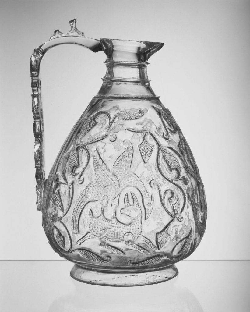 Islamic art: Rock crystal ewer with carved decoration, 1000-50, Egypt, Victoria & Albert Museum, London, UK.