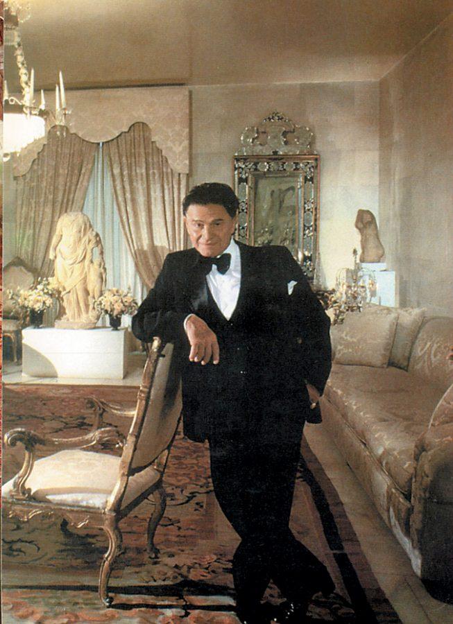 Alexander Iolas in his house.