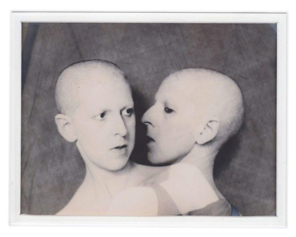 Claude Cahun, Que me veux-tu? [What do you want from me?], 1928, Musée d'Art Moderne de Paris, Paris, France.